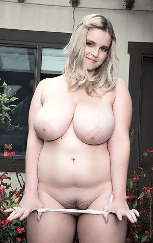 Chubby Big Boobs Porn Pictures